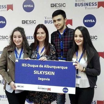 El equipo del IES Duque de Alburquerque quedó en el puesto 11 en la final de `Young business talents´