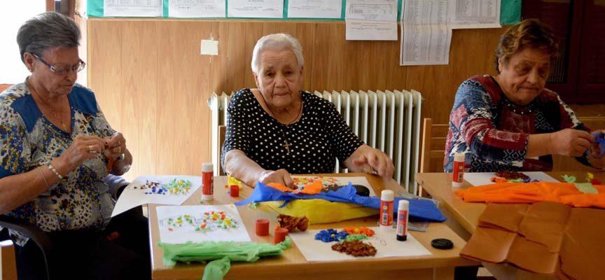 Ismur y La Caixa clausuran su proyecto de atención a las personas mayores en las localidades de Gomezserracín y Pinarejos
