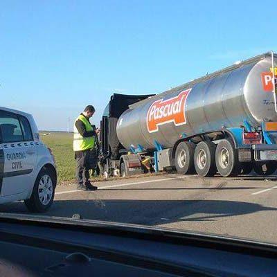 Fallece un joven de 34 años en una colision frontal en la carretera que une Cuéllar y Campaspero