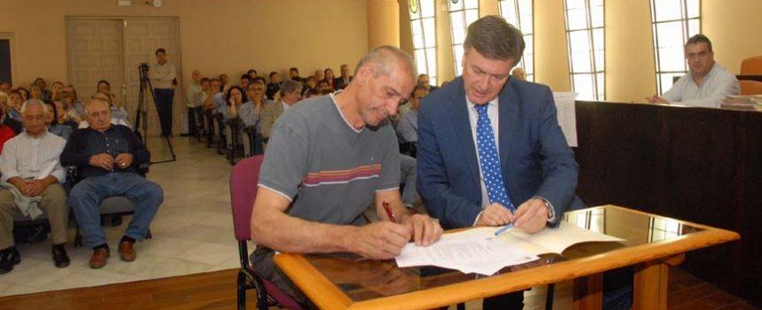 La Diputación firma 211 convenios con alcaldes de la provincia para el desarrollo de los programas 'Actuamos' y 'A todo Folk'