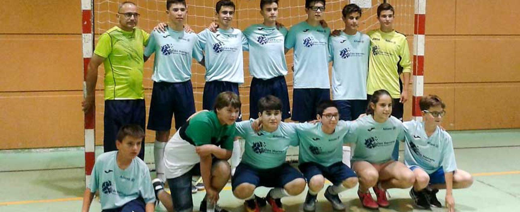 El equipo infantil de fútbol sala de Zarzuela del Pinar se alza como ganador de los Juegos Escolares regionales