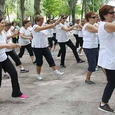Música, excursiones y talleres en el programa de primavera del Centro de Día de Personas Mayores de Cuéllar