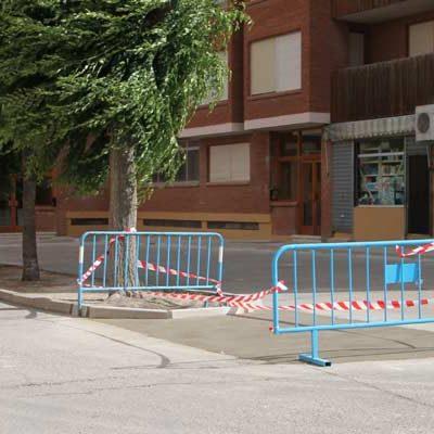 Concluye el acondicionamiento de la acera de la plaza José Echegaray