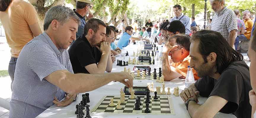 Participantes en esta edición durante las partidas.