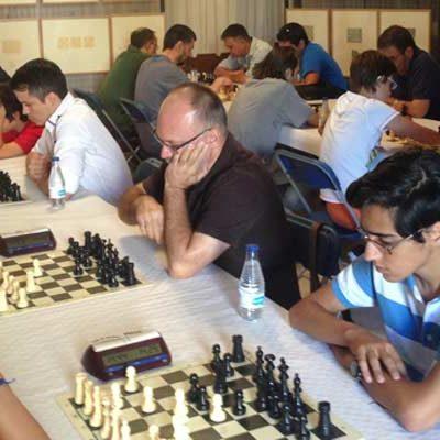 El arandino Alberto Miguito vence en el X Torneo de Ajedrez en la Calle de Carbonero el Mayor