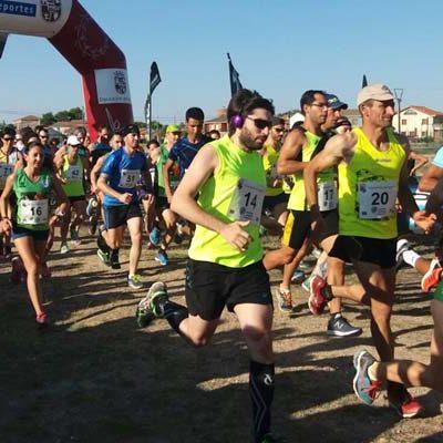 La carrera pedestre `Run to Terreña´ discurre entre los pinares, dunas y lagunas de Fuenterrebollo