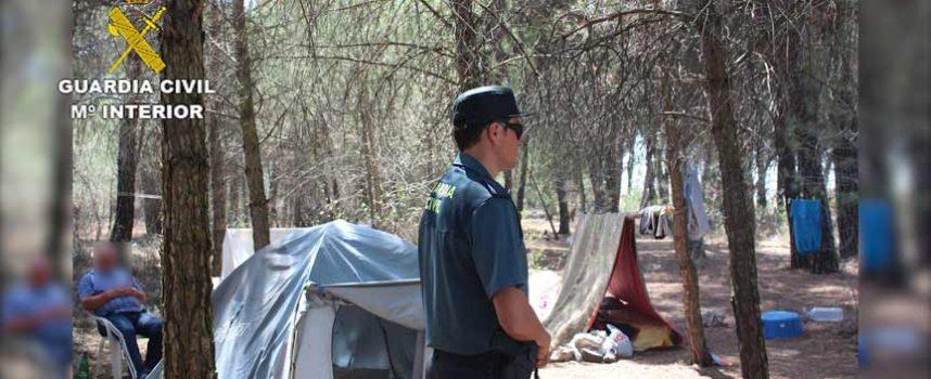 Detenidos dos empresarios en Mata de Cuéllar por delito contra 24 trabajadores