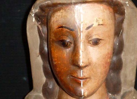 La virgen del Rosario lucirá su mejor aspecto tras los trabajos de restauración