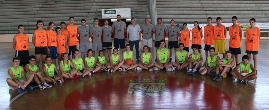Cuéllar acogió la clausura del programa Especialízate de Baloncesto de la Diputación