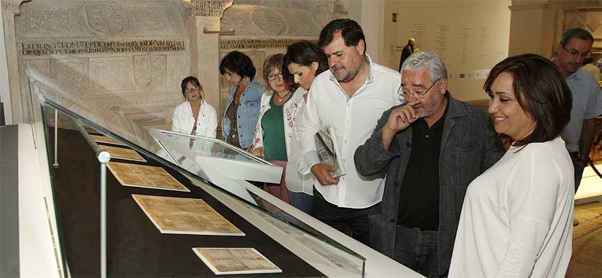 Tras la presentación se han visitado las bulas que se exponen en `Reconciliare´ en la iglesia de San Esteban.