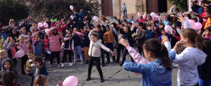 Carbonero se sumó a los actos del Día Mundial Contra el Cáncer de Mama