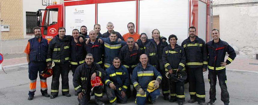 Bomberos voluntarios de la provincia reciben formación sobre actuación en incendios en el medio rural