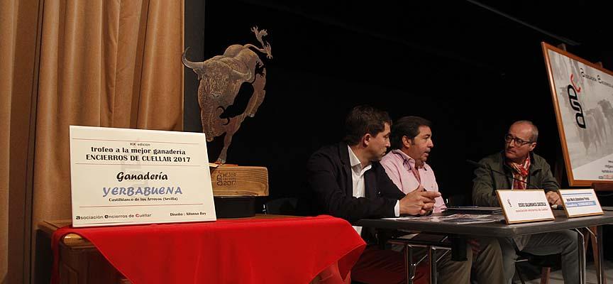 Acto de entrega del premio de la Asociación Encierros de Cuéllar al Mejor Encierro 2017.