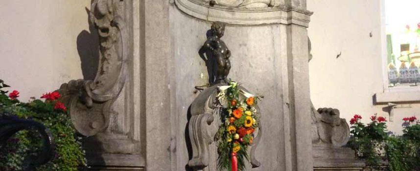 La cuellarana Conchi Bayón confecciona el traje segoviano que vestirá al Manneken Pis de Bruselas el 15 de noviembre