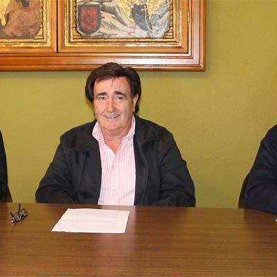 El alcalde de Cuéllar critica la actitud del PSOE ante las inversiones que llegan al municipio