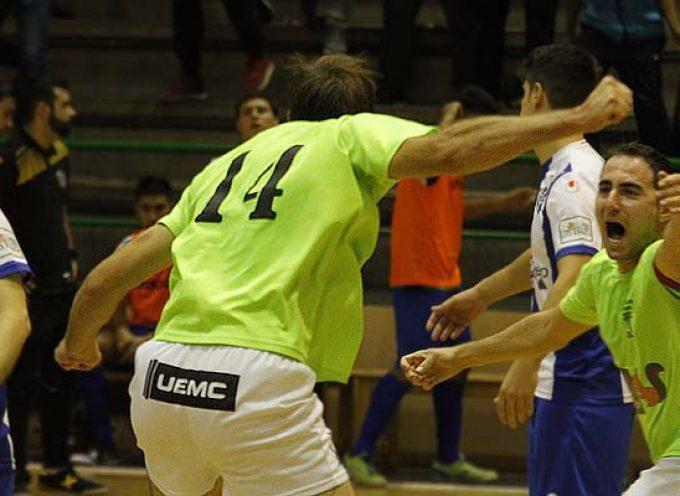 El FS Cuéllar logró empatar un complicado partido frente al Atlético Benavente