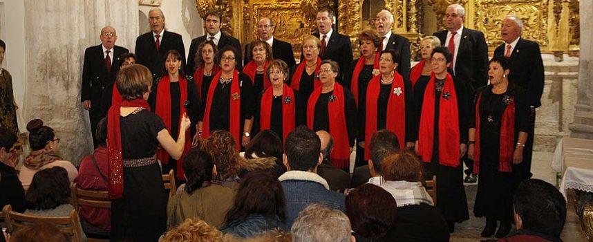 La Coral Cuellarana despidió `Reconciliare´ con un repertorio de música sacra
