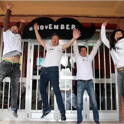 El colegio San Gil se llena de bigotes con el movimiento `Movember´ para impulsar la salud masculina