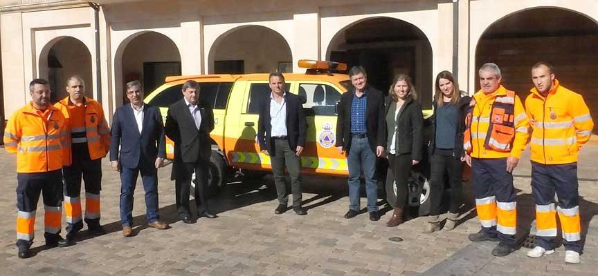 La Agrupación de Protección Civil de Cantalejo estrena nuevo vehículo
