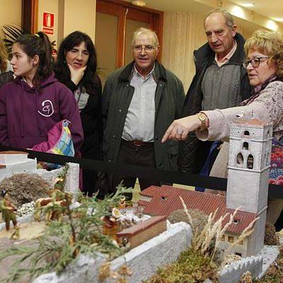 Rafa Manzanares representa en su belén popular rincones y vecinos de Cuéllar