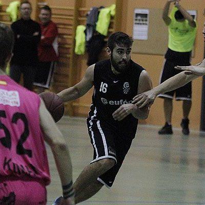 Club Baloncesto Cuéllar y Cuéllar Basket Team se enfrentan por un puesto en la Final