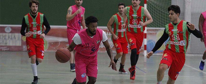 El Cuéllar Basket Team abrió el año venciendo al Club Baloncesto Segovia