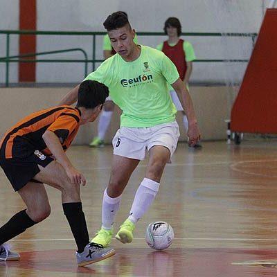 El FS Cuéllar remonta y vence a domicilio al Cistierna en la División Honor Juvenil