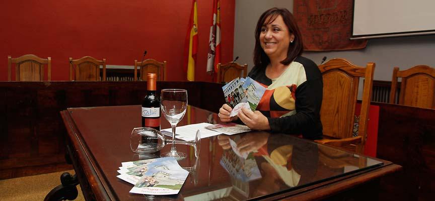 Nuria Fernández durante la presentación de la nueva campaña
