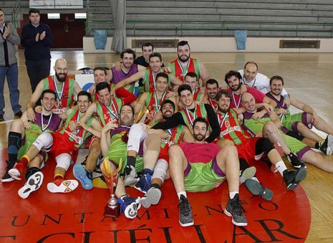 El CD Base Saltamontes revalida su título en la Copa Delegación de Baloncesto celebrada en Cuéllar