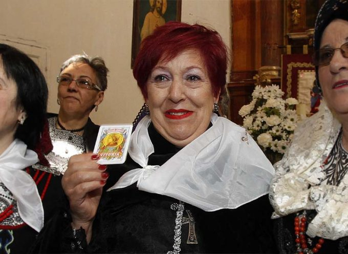 La familia de Flori González lucha por conseguir su ingreso en un centro con neurorehabilitación