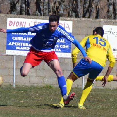 El Cuéllar continúa con paso firme en Riaza (0-3)