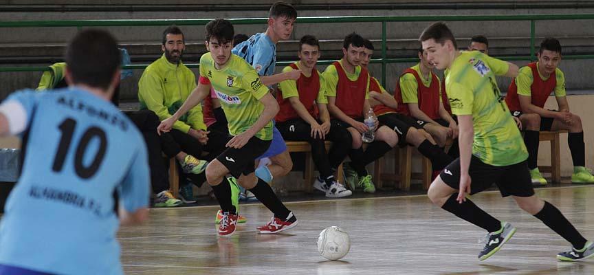 Momento del partido entre el FS Cuéllar y el Alhambra Gijuelo en la División de Honor Juvenil. | Foto: Gabriel Gómez |