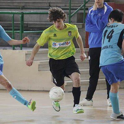 El FS Cuéllar juvenil golea al Medinense y se mantiene a un punto del líder