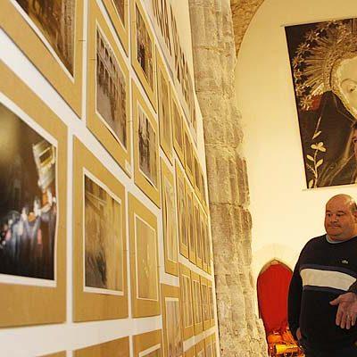 La Cofradía de La Soledad recorre la `Semana Santa en la provincia de Segovia´ a través de una exposición
