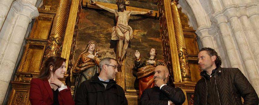 El Calvario vuelve a la iglesia de San Miguel tras su restauración por la Fundación Edades del Hombre