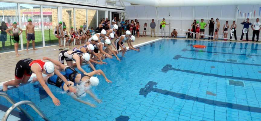 Destacado papel de los atletas cuellaranos en la final provincial de triatlón escolar