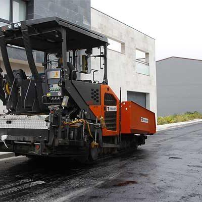 Comienza el asfaltado de las calles de la zona norte por la calle Canteras