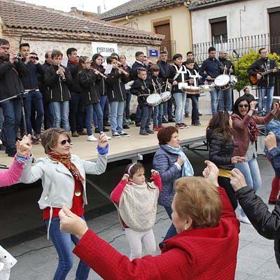 El folclore tradicional tomó Zarzuela del Pinar