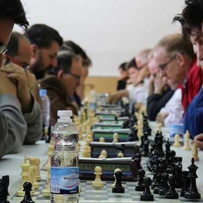 El VI Torneo de Ajedrez Sinodal de Aguilafuente contó con 55 participantes
