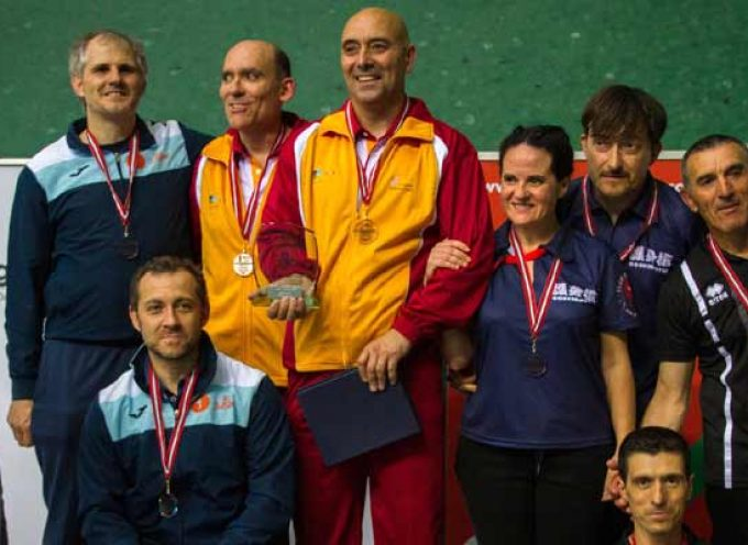 Juan Antonio Velasco y José Luis Herrero se proclaman campeones de España de Defensa Personal en Hondarribia