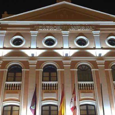 El Teatro Juan Bravo acoge la entrega de distinciones con motivo del Día de la Provincia
