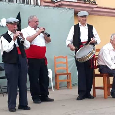 Fuenterrebollo rinde homenaje a Serafín Vaquerizo con su V Festival de Folclore