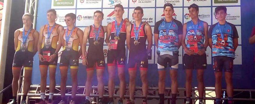 El cuellarano Hugo Ramos logró el oro como integrante del Club junior Campeón de España de Duatlón Cross