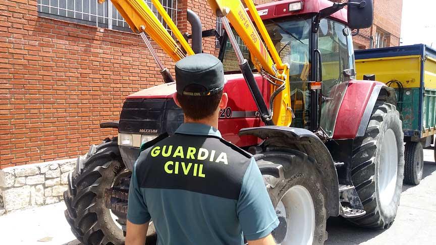 La-Guardia-Civul-Cuéllar-detiene-jóvenes-por-daños-en-vehículos