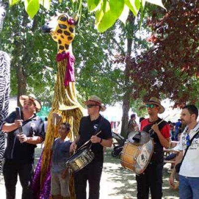 Música, talleres y artesanía protagonizaron la feria de Fuenterrebollo