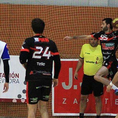 El Balonmano Nava juega el sábado en Pontevedra la primera ronda de la Copa del Rey