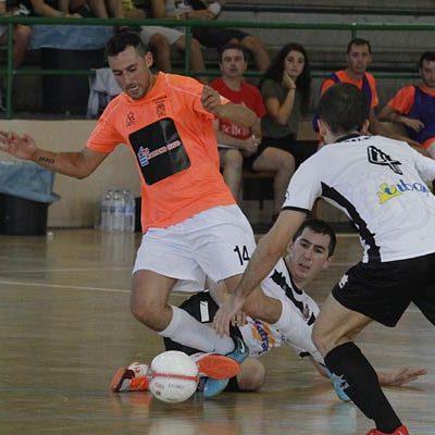 El FS Cuéllar Cojalba se estrena en el Grupo 2 con derrota ante el Tafatrans