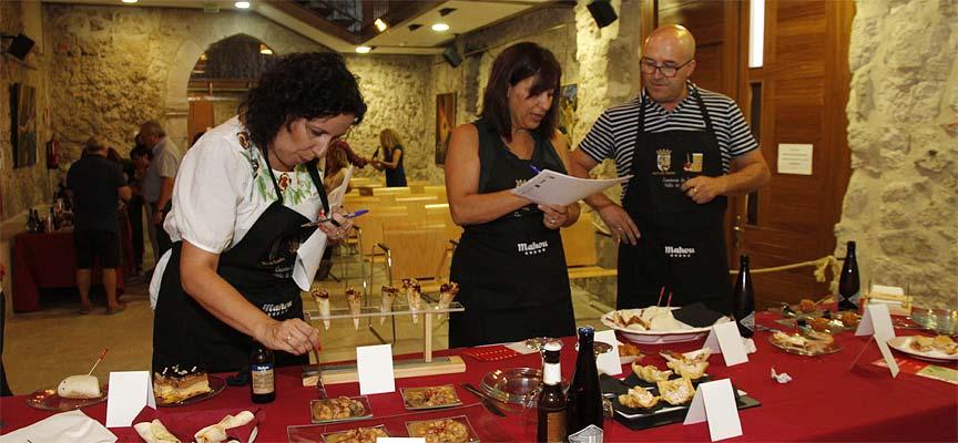 Jurado-profesional-del-Concurso-de-Tapas-de-San-Miguel-en-Cuéllar