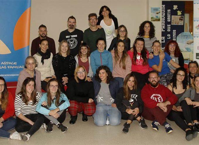 ASPACE Castilla y León reune a una treintena de voluntarios en Cuéllar en su encuentro anual
