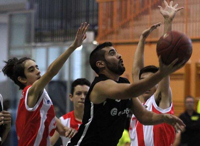 El Club Baloncesto Cuéllar inicia el año con una victoria que le afianza como líder